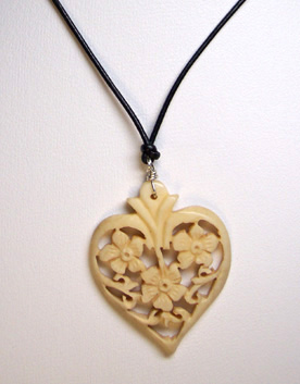 C0092 – Hearts & Flowers - 16""