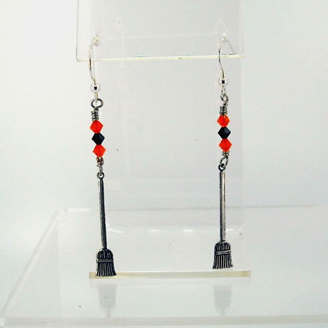 "E0305SW - Broomstick earrings - 2.75"" - French hooks"