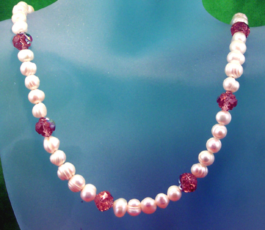 "N0311 - Roses & Pearls - 13 to 16"" adjustable"